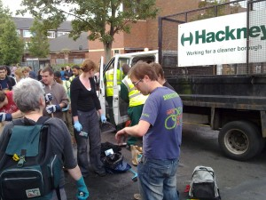 #RiotCleanUp in Hackney, Tuesday morning